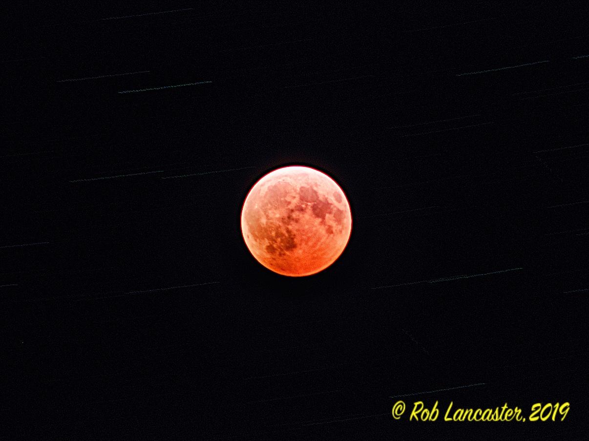 MoonStackof117Averagedwithnoplane.jpeg