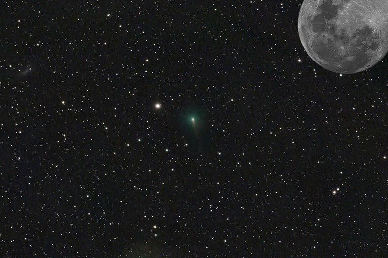 2020-04-03_23-11-14-AT72-LPro-C2019Y4ATLAS-siril-comet-combined-moon-smmm.jpg