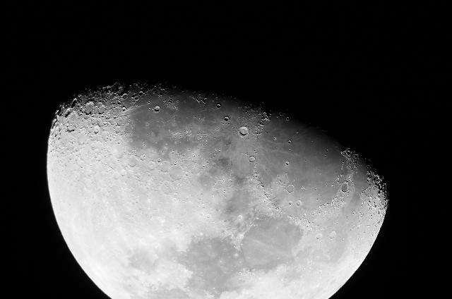 Lune-.jpg